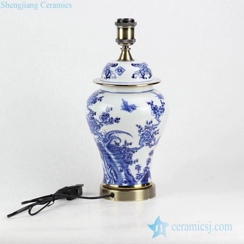 New arrival factory outlet low price blue and white handmade  bird floral pattern brass basement vintage ceramic reading lamp