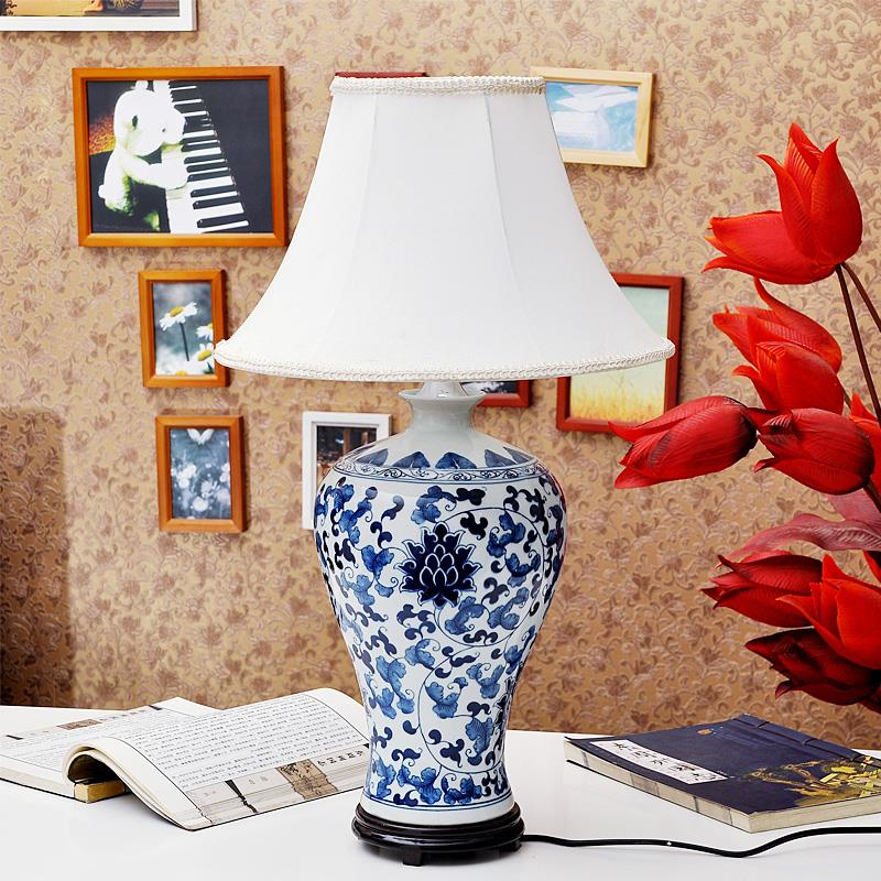 TYLP106Handmade Blue and White Meiping Ceramic Lamp