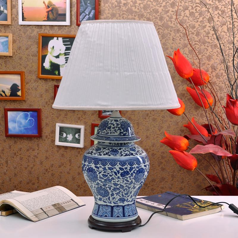 TYLP26China Blue and White Porcelain  Lamp