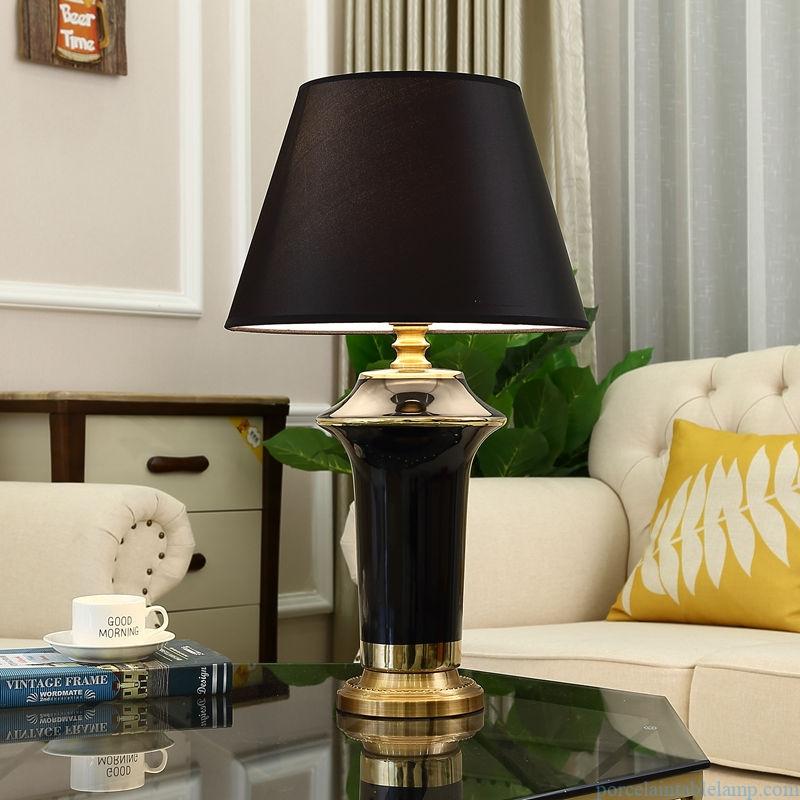 artistic shape slippy surface porcelain table lamp